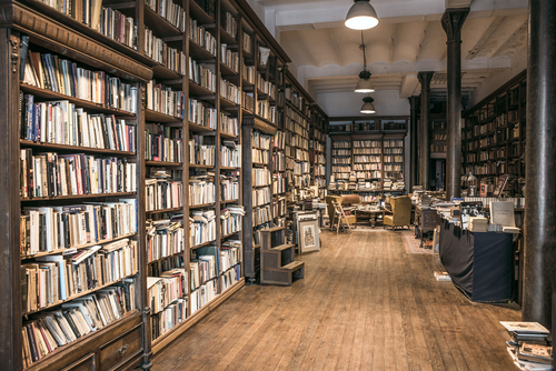 carti biblioteca