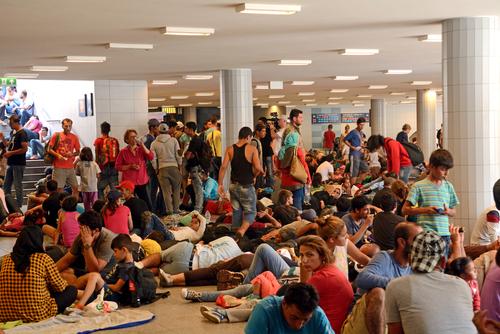 refugiati keletin budapesta ungaria