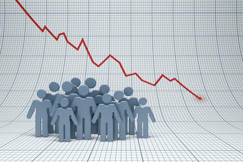 trend negativ demografie oameni