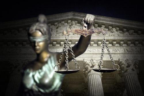 justitia balanta curtea suprema us