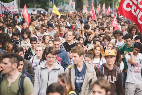 tineri tineret oameni