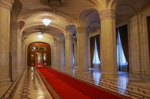 palatul parlamentului interior